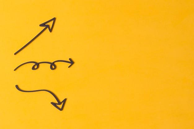Divertidas varias flechas y espacio de copia