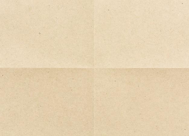 Doblado para papel marrón de cuatro partes