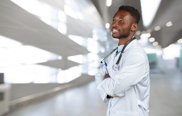 Doctor negro afroamericano hombre