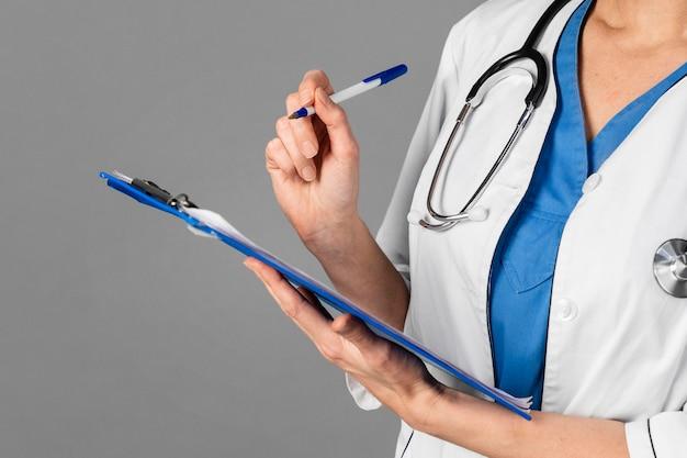 Doctora en el hospital