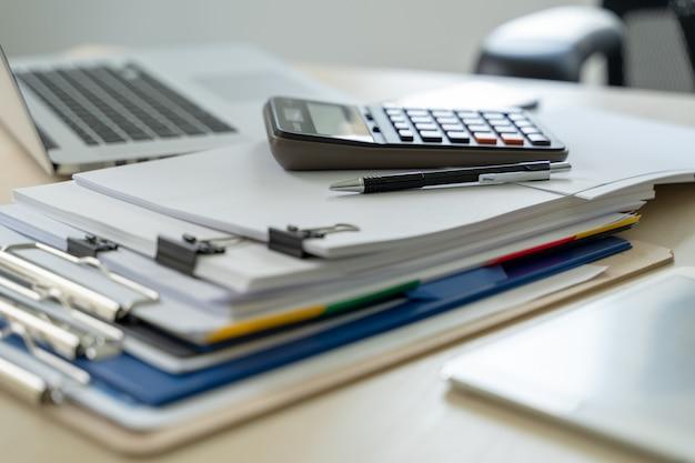 Documentos de informes de negocios de documentos de negocios, éxito en el trabajo analizar planes de documentos