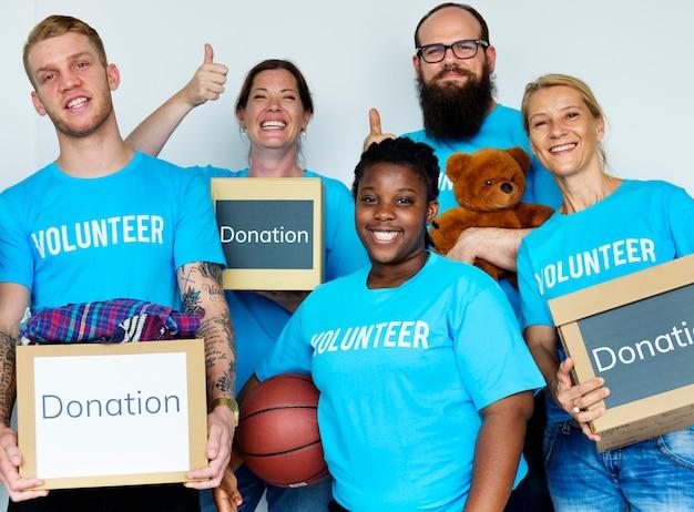 Donación al servicio comunitario voluntariado de apoyo