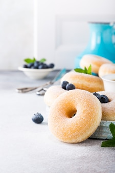 Donuts caseros con azúcar