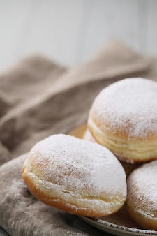 Donuts caseros con polvo