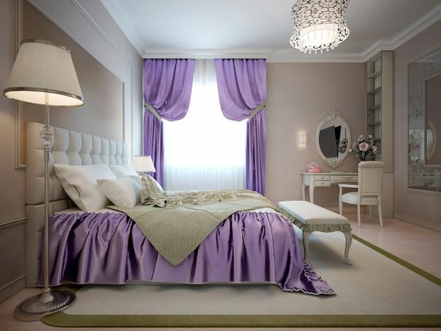 Dormitorio principal de estilo neoclásico con decoración violeta brillante
