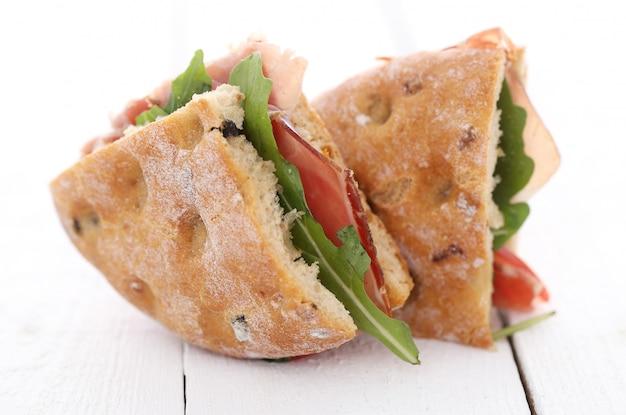 Dos deliciosos sandwiches
