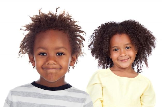 Dos niños afroamericanos