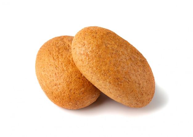 Dos panes mini bollo aislados cerca