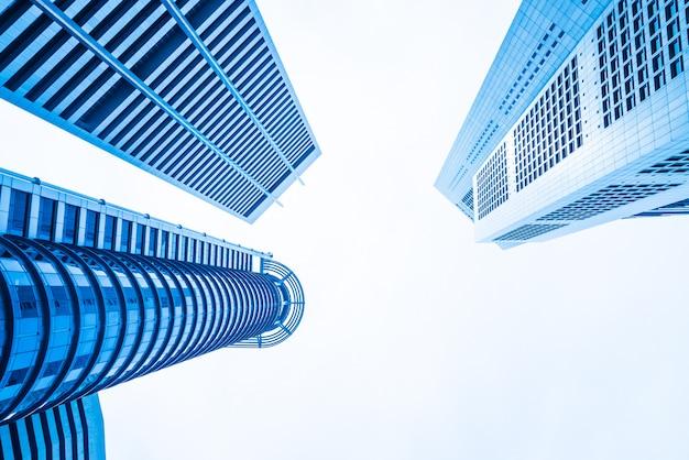 Edificio de oficinas rascacielos