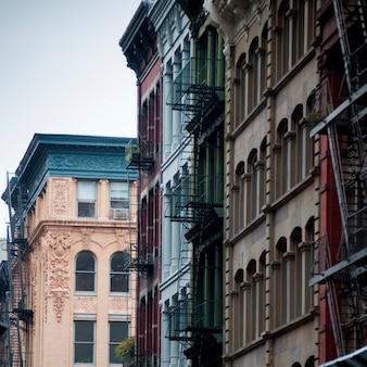 Edificios en el distrito de so ho de manhattan, nueva york, ee. uu.