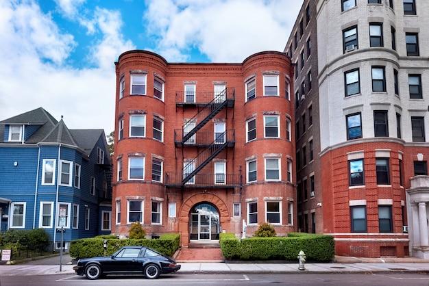Edificios residenciales envejecidos en ee. uu.