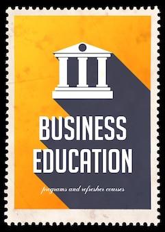 Educación empresarial en amarillo con icono de edificio con columnas. concepto vintage en diseño plano con largas sombras.