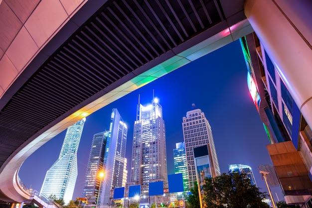 Efecto de velocidad de movimiento con city night