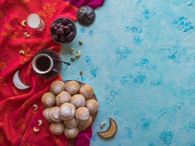 Eid musulmán dulce kahk. dulces árabes para ramadán y eid.