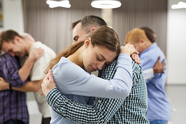 Ejercicio de empatía en sesión de terapia