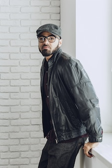 Elegante hombre afroamericano