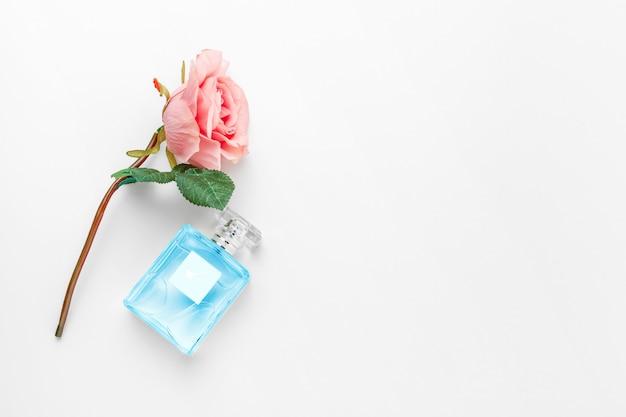 Elegante perfume femenino