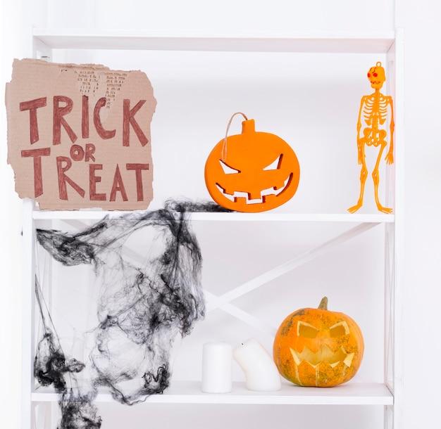 Elementos de fiesta de halloween espeluznante