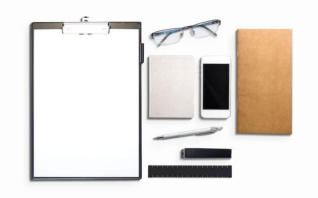 Elementos de negocios y marketing aislados en blanco.