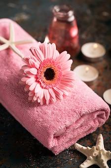 Elementos spa con toalla