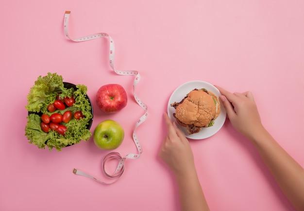 Elija alimentos que sean beneficiosos para el cuerpo.