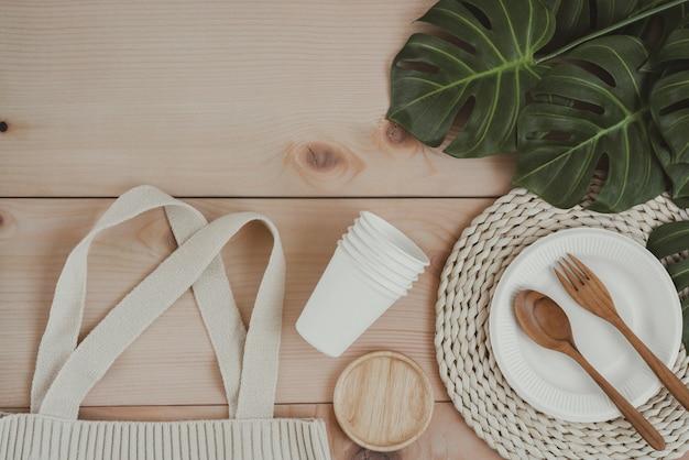 Embalaje de alimentos de papel y bolsa de compras de materiales ecológicos
