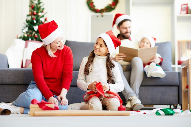 Embalaje de regalos de navidad