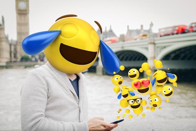 Emoticon de risa recibiendo emojis