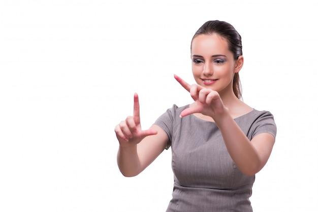 Empresaria joven que presiona el botón virtual aislado en blanco