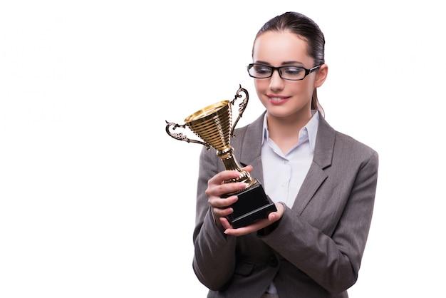 Empresaria con el trofeo de la taza aislado en blanco