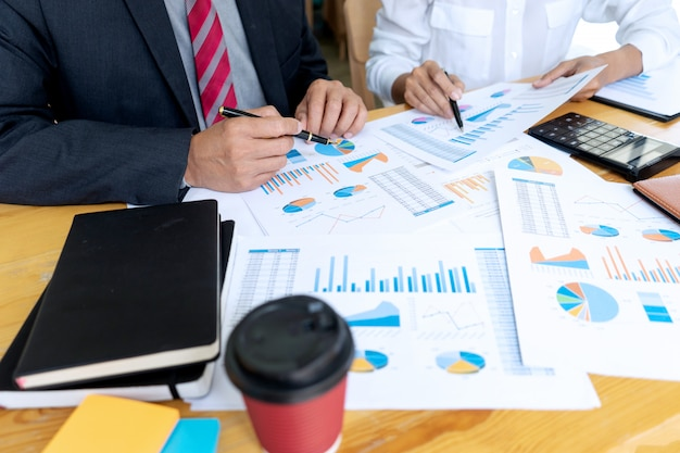 Empresario coaching personal de oficina