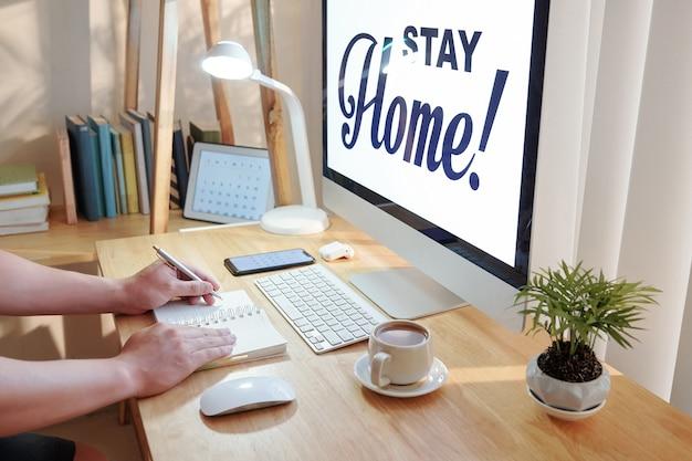 Empresario quedarse en casa