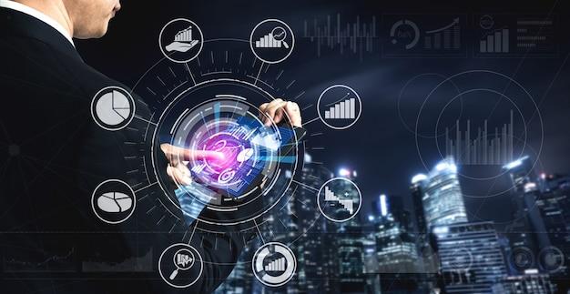 Empresario con software para análisis de datos de negocios y finanzas
