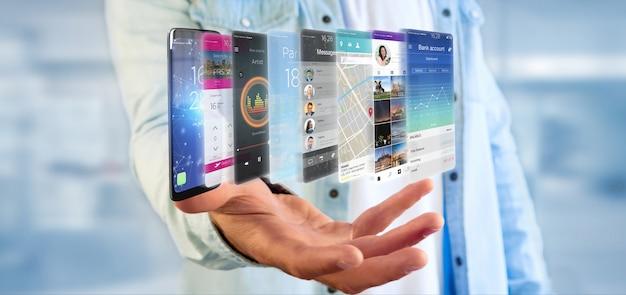 Empresario sosteniendo la plantilla de la aplicación en un teléfono inteligente