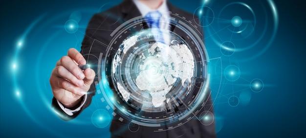 Empresario usando pantalla holograma con datos digitales