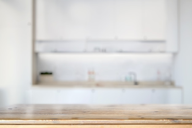 Encimera de mármol en la mesa de la cocina.