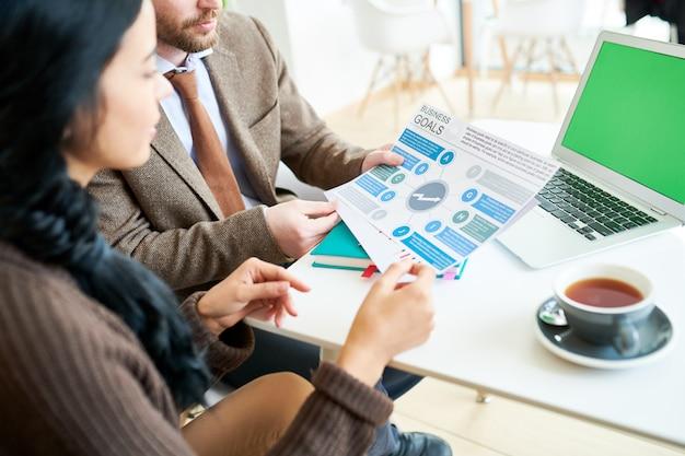 Encuentro sobre estrategia empresarial