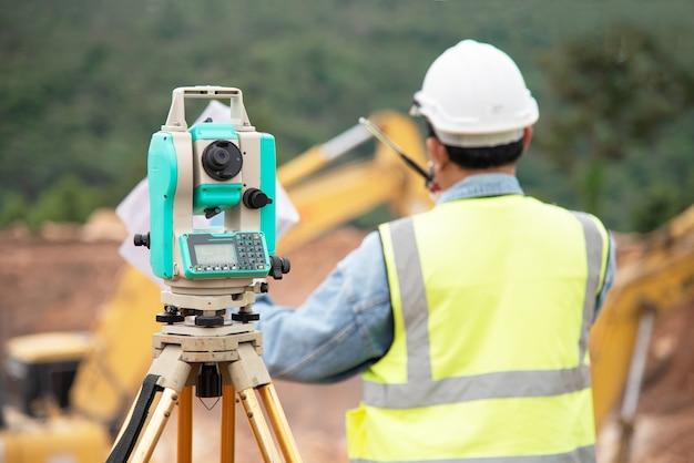 Encuesta de equipos de construcción de medición