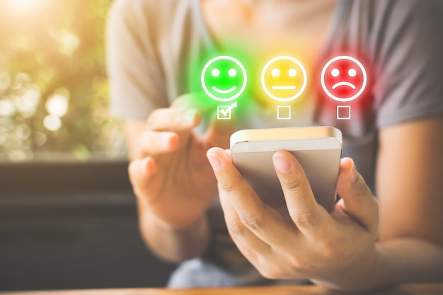 Encuesta de experiencia de servicio al cliente y satisfacción empresarial.