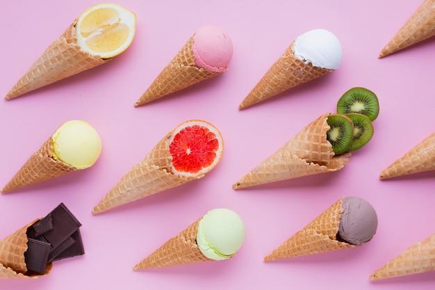 Endecha plana de sabores de helados