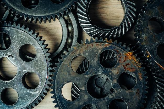 Engranajes de una vieja máquina industrial