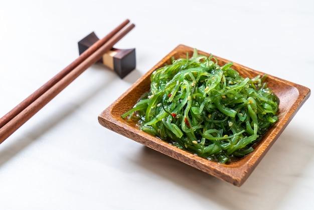 Ensalada de algas marinas - estilo japonés