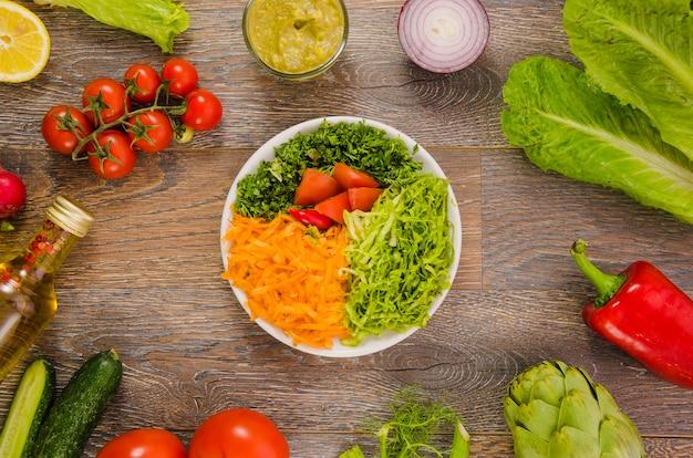 Ensalada deliciosa y saludable de lechuga