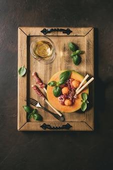 Ensalada de melón y jamón