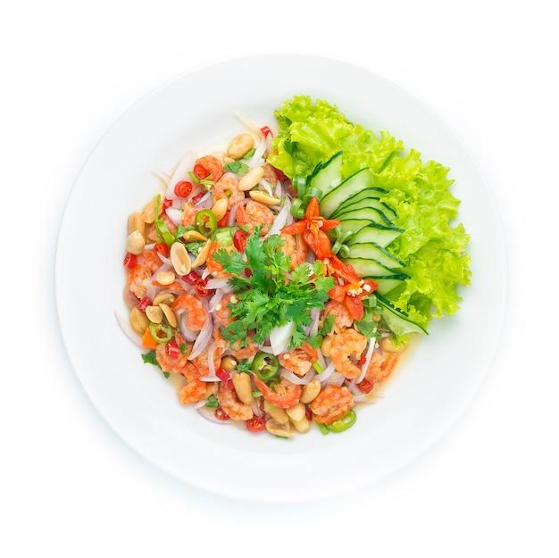 Ensalada picante de camarones secos. comida tailandesa picante