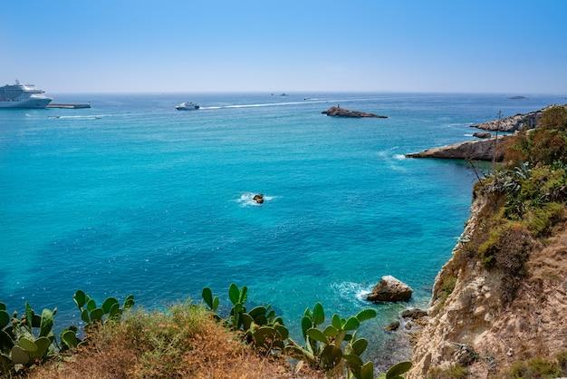 Entrada del puerto de ibiza eivissa desde dalt vila.