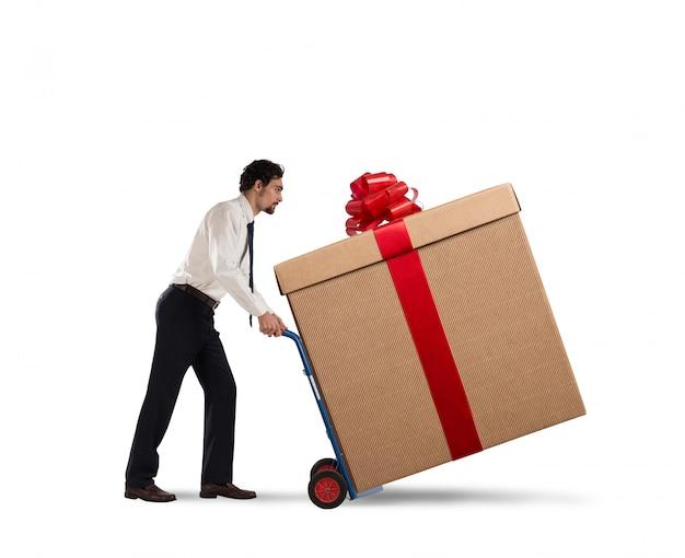 Entrega de regalos de navidad