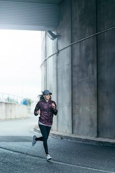 Entrenamiento de corredores por la ciudad