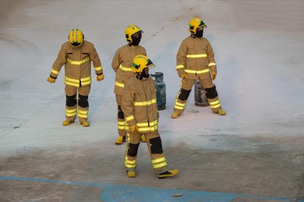 Entrenamiento de bomberos