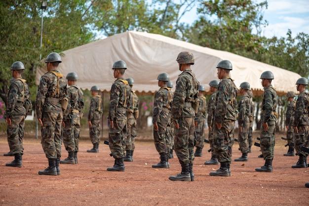 Entrenamiento militar en tailandia
